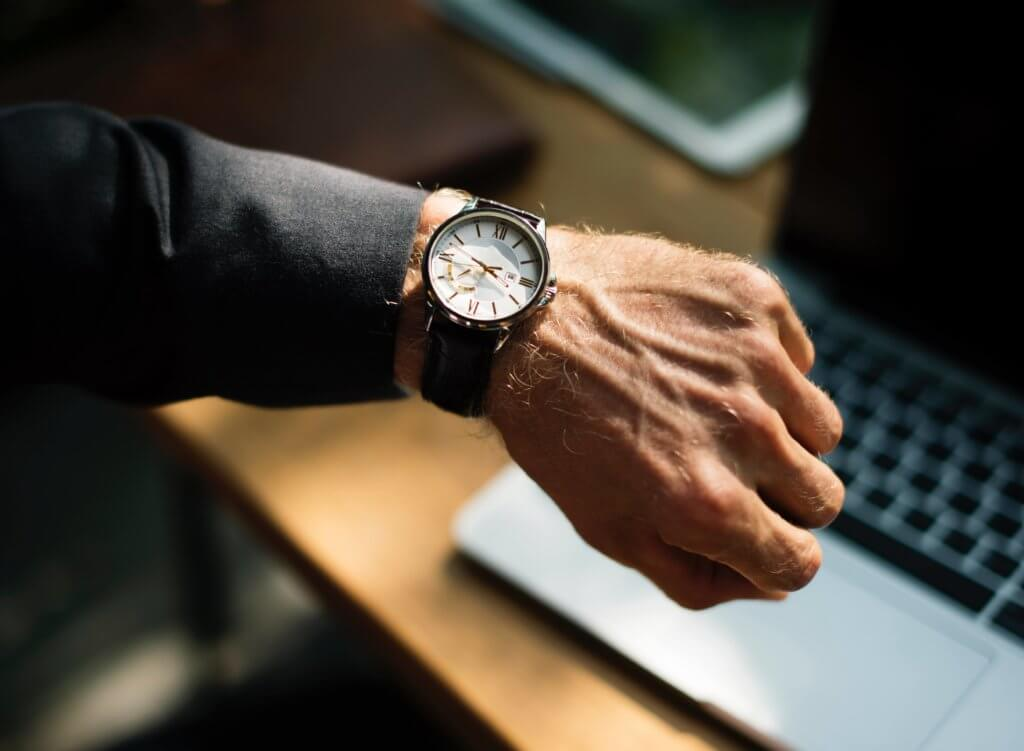 Time Flexibility - Pros and Cons of Being a Part-Time Real Estate Agent