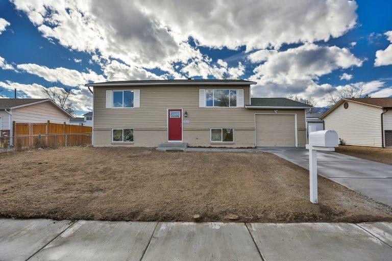 1520 Maxwell St, Colorado Springs, CO 80906
